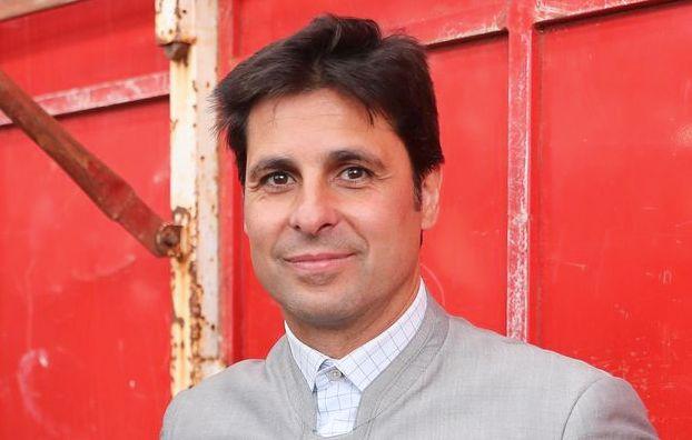 Fran Rivera, a un líder político en Twitter: