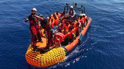 """""""Llévalos a tu casa y los mantienes"""": Amnistía desmonta 5 mitos sobre las personas"""