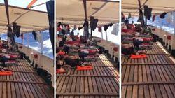 Open Arms in balia delle onde a largo di Lampedusa:
