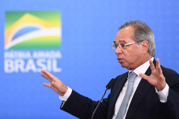 Equipe de ministro Paulo Guedes (Economia) apoiou mudanças trabalhistas acrescentadas na MP da...