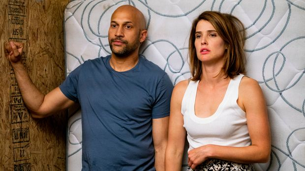 """Keegan-Michael Key and Cobie Smulders in """"Friends from College"""""""