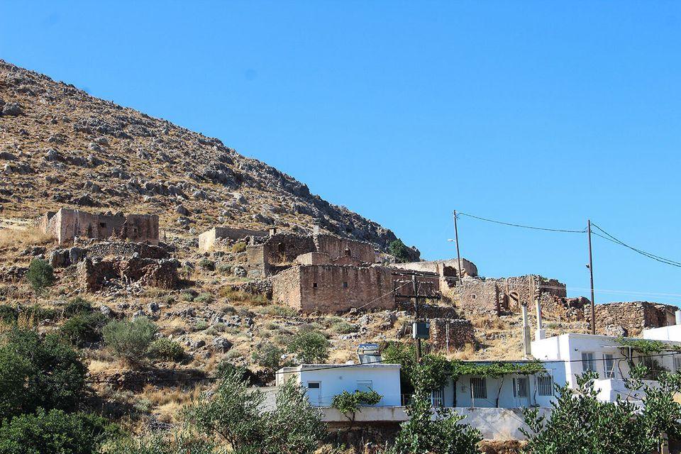 Το χωριό Κελλάρια. Μεσαίωνας...