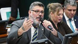 Fora do PSL por exigência de Bolsonaro, Frota deve virar tucano pelas mãos de