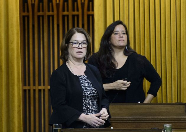 Independent MPs Jane Philpott and Jody Wilson-Raybould vote in the House of Commons on April 9, 2019.
