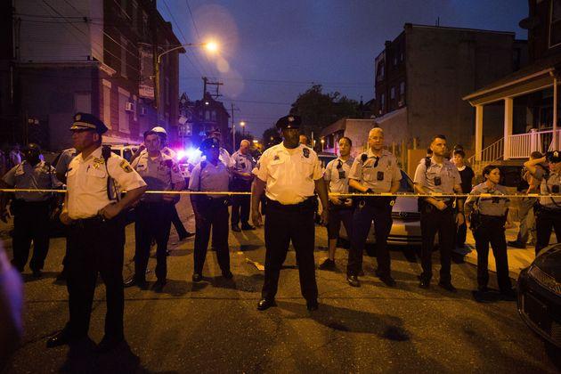 美 필라델피아서 경찰 6명을 쏜 총격범이 결국
