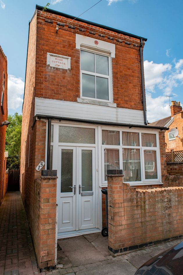 Britains Smallest Detached House Is On The Market In Leicester