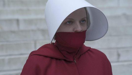 Terceira temporada da série 'O Conto da Aia' estreia na televisão