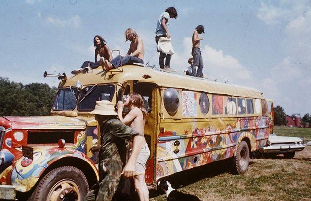 De 15 a 18 de agosto de 1969, Woodstock reuniu por volta de 400 mil pessoas em uma fazenda em Bethel,...