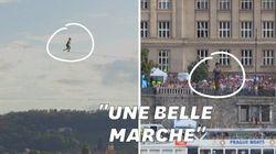 Une funambule française traverse Prague comme personne ne l'a jamais