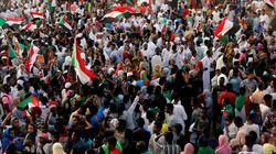 Soudan: les militaires promettent de
