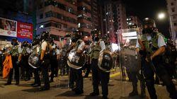 Hong Kong, il Dragone cinese prepara la prova di forza mentre Trump si appella a