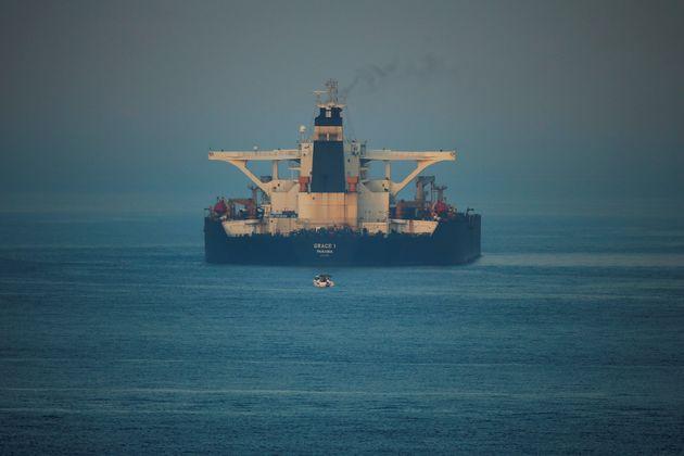 Επετράπη στο ιρανικό δεξαμενόπλοιο Grace 1 να αποχωρήσει από το