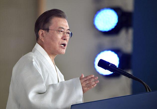 독립기념관에서 열린 제74주년 광복절 경축식에서 문재인 대통령이 경축사를 하고 있다. 천안. 2019년