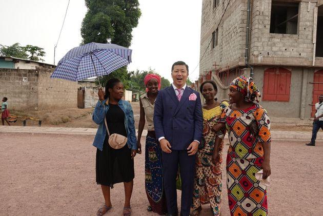 2016年には3か月間で5大陸18か国を制覇した。写真はコンゴでの1枚
