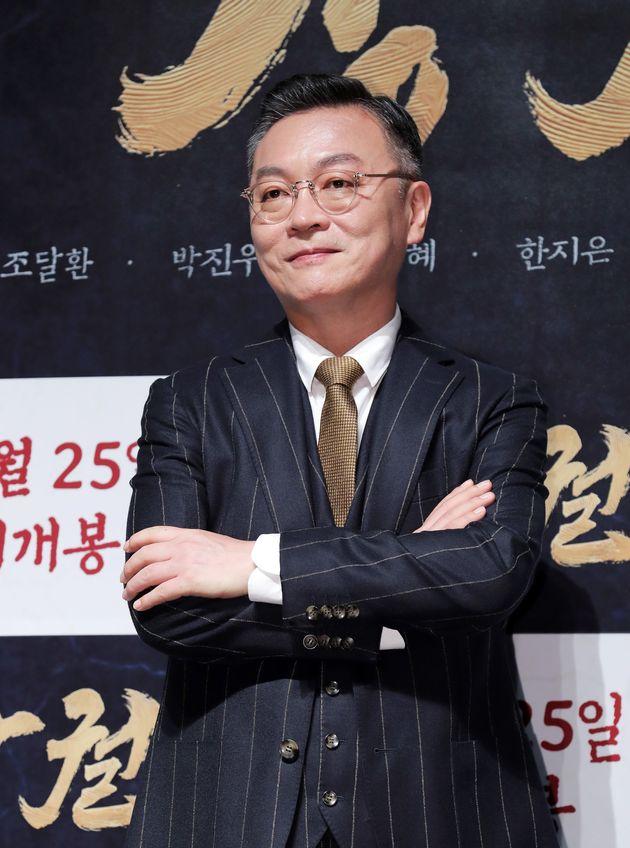 배우 김의성이 홍콩 시위를 지지하자 중국인들이 댓글창에