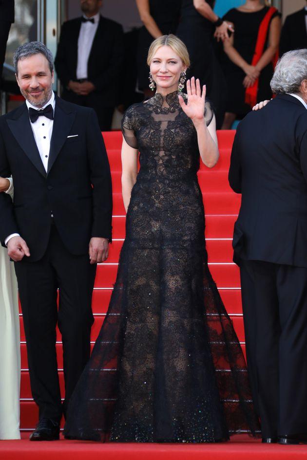 第71回カンヌ国際映画祭(2018年)のオープニングセレモニーで過去に着たドレスを再び着用しているケイト・ブランシェット