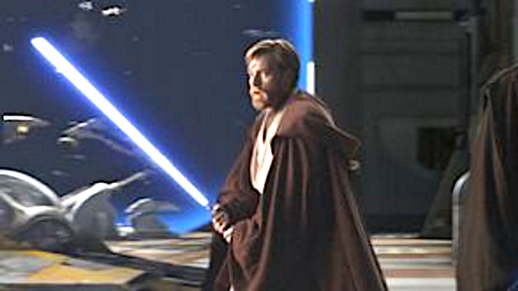 Westlake Legal Group 5d566e49220000d002f65ce0 Ewan McGregor Reportedly In Talks To Return As Obi-Wan Kenobi