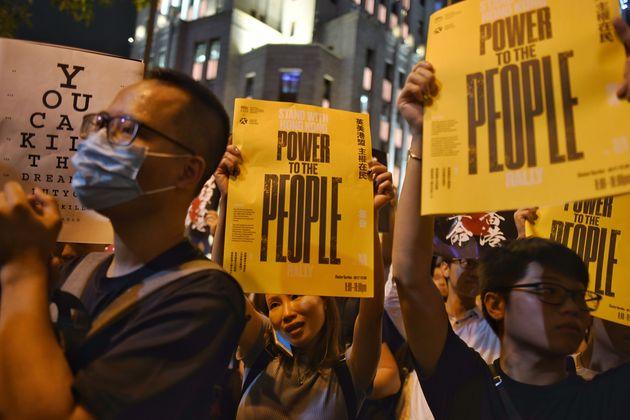 Χονγκ Κονγκ: Παραιτήθηκε ο CEO της Cathay Pacific – Κρίσιμο Σαββατοκύριακο για τη