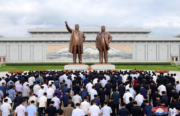 Campi di rieducazione in Corea del Nord per chi telefona in