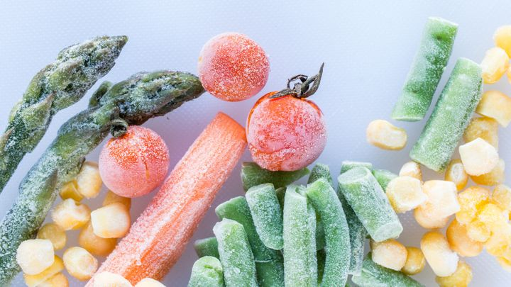 8 Common Mistakes We Make Cooking Frozen Vegetables | HuffPost Life