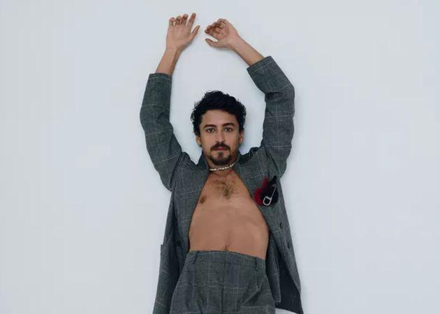 Jesuíta Barbosa em ensaio para a Vogue Brasil de