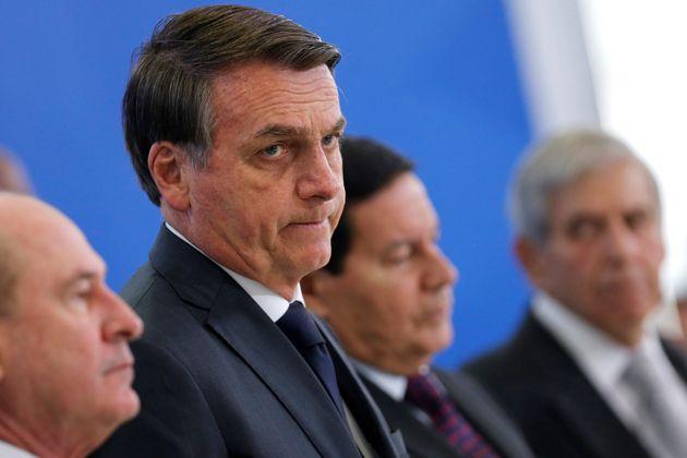 Bolsonaro diz que o Brasil está sem dinheiro e que governo está 'fazendo