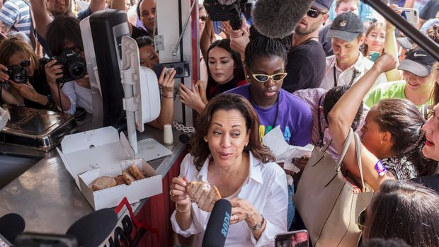 Kamala Harris US Senator from California and Democratic Presidential Candidate eats a pork chop at the Iowa State Fair August 10,2019 in Des Moines, Iowa.