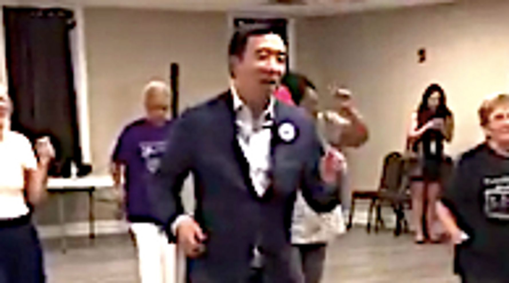 Westlake Legal Group 5d578e172200005500f6dcce Andrew Yang Gets Shoutout From Chance The Rapper After Busting 'Cupid Shuffle'