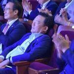민경욱 의원이 '광복절 행사 숙면 논란'에 대해