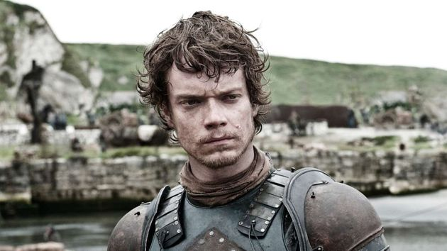 Game Of Thrones Alfie Allen Dismisses Fan Backlash After Divisive Finale