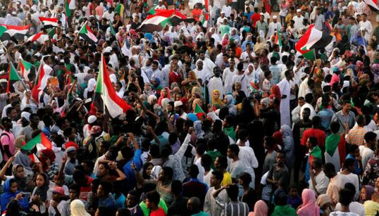 Le Soudan s'apprête à célébrer la signature d'un accord de transition vers un pouvoir