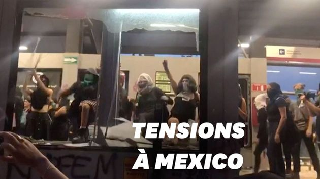 À Mexico, des milliers de femmes dans la rue après un viol présumé par des
