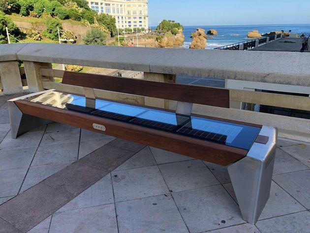 Pour le G7, Biarritz teste un banc photovoltaïque qui amuse beaucoup les