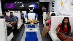 Il ristorante del futuro? Robot al posto di camerieri, via anche il