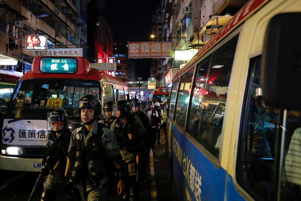 몽콕의 밤거리. 홍콩. 2019년