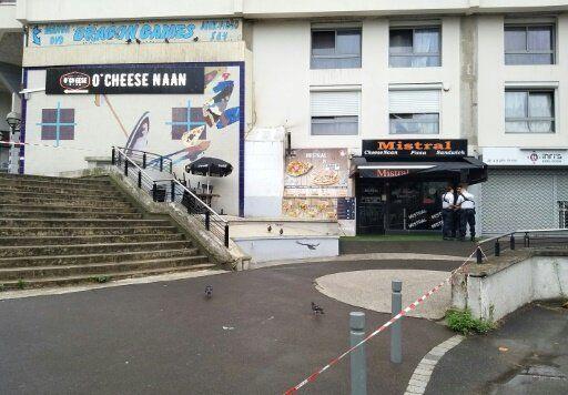 事件が起きたフランス・パリ郊外のレストラン