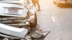 34enne travolto da un'auto muore davanti al figlio di 6