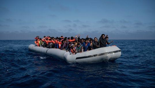 Τουρκικές αρχές: Σύλληψη 330 μεταναστών που προσπαθούσαν να φτάσουν στη