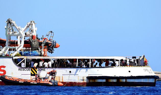 El Gobierno ofrece el puerto español más cercano tras rechazar el Open Arms desembarcar en