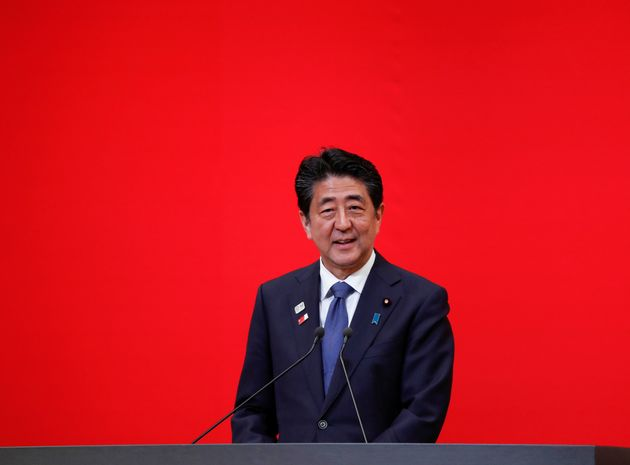 아베 신조 일본 총리가 한국의 취업준비생들을