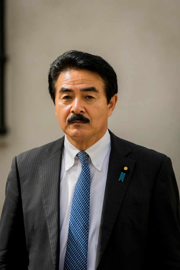 """일본 외무성 부대신이 '노 아베' 촛불집회에 대해 """"억지스럽다""""고"""
