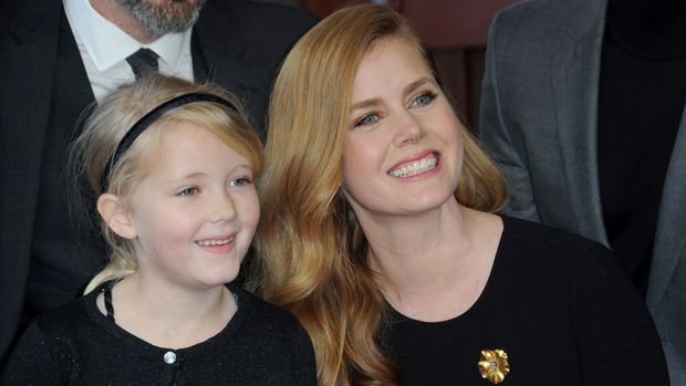 HOLLYWOOD, CA - JANUARY 11:  Actress Amy Adams with daughter Aviana Olea Le Gallo at her Star Ceremony held On The Hollywood Walk Of Fame on January 11, 2017 in Hollywood, California.  (Photo by Albert L. Ortega/Getty Images)