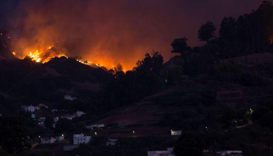 GRAN CANARIA - Evacuate 8mila persone per un violento