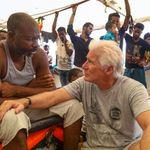 """Richard Gere: """"Se Salvini spendesse del tempo con i migranti cambierebbe la sua"""