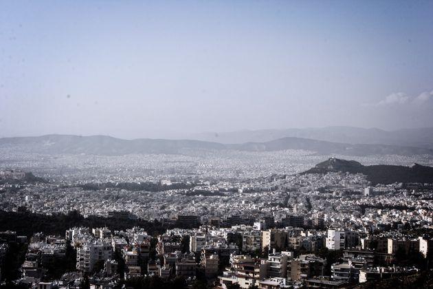 «Σύννεφα» στο Κτηματολόγιο: Συνάντηση Χατζηδάκη με εκπροσώπους ιδιοκτητών