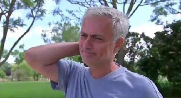 Josè Mourinho scoppia in lacrime in tv: