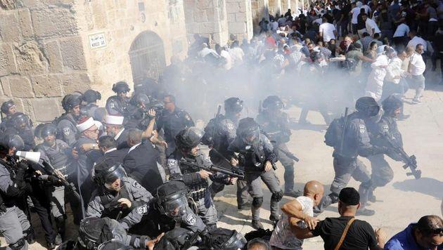 Les palestiniens dénoncent la tentative israélienne de s'attaquer à la mosquée Al