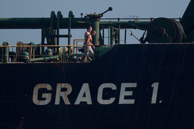 Θρίλερ με το ιρανικό τάνκερ που πλέει προς Καλαμάτα -