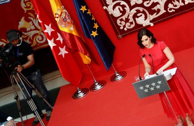 Díaz Ayuso promete su cargo como presidenta de la Comunidad de Madrid: