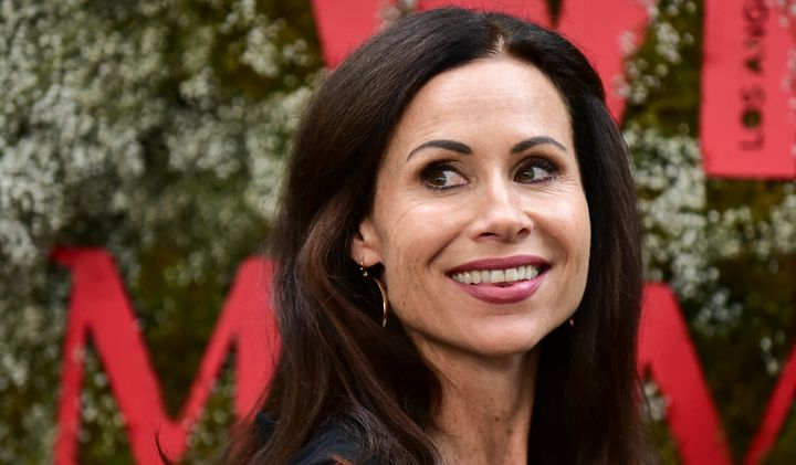 Minnie Driver Has A Hilarious Airport Story About Chrissy Teigen And John Legend